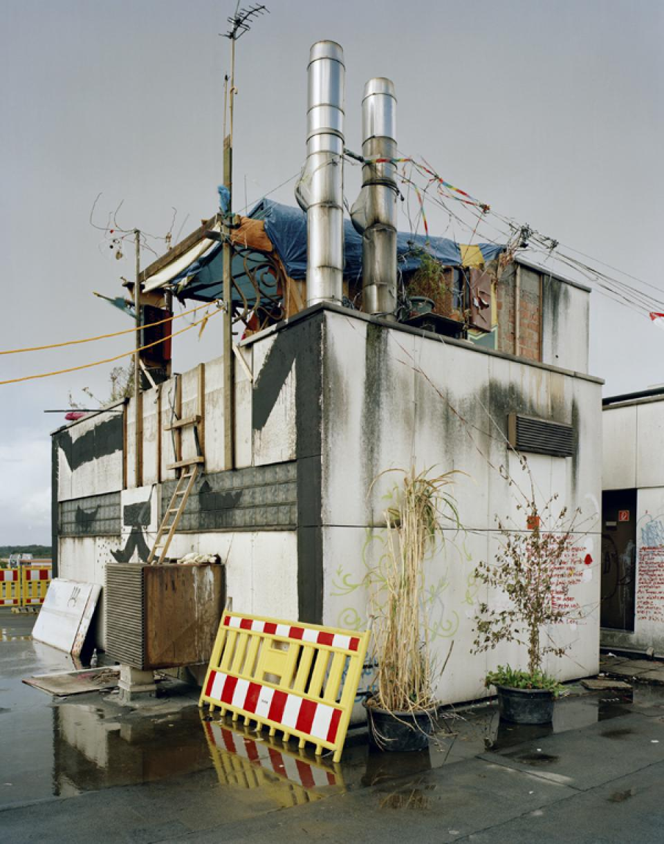 CONVOI Sproutbau, Tenever, Bremen, 2007,Lambda Print, laminated on wood,30 x 38 cm