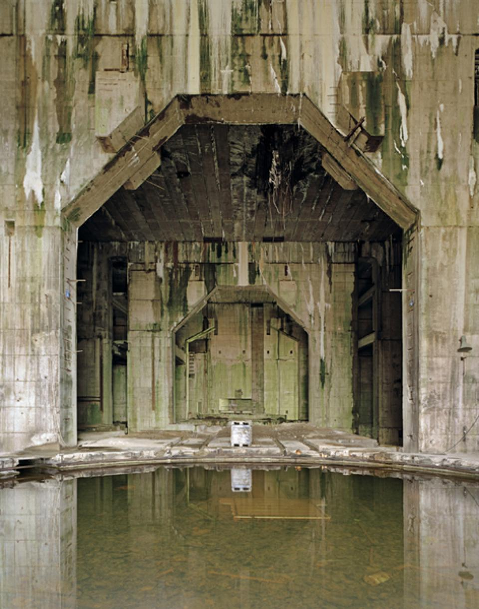 Bunker  01 , 2005/06,Digital C-Print on Alu-Dibond,100 x 127 cm
